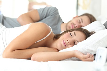 couple sleeping - Copy